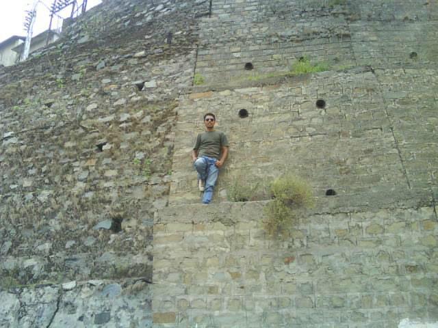 Cliff Hanger - Rock Climbing