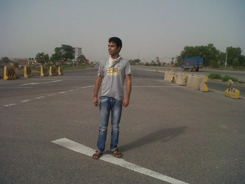 Biking - Delhi to Jaipur, Vikas Acharya