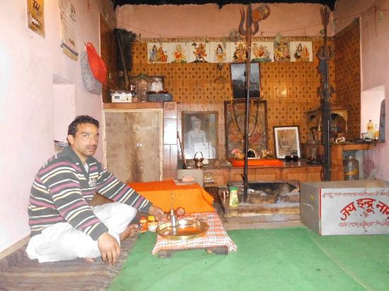indru-nag-temple